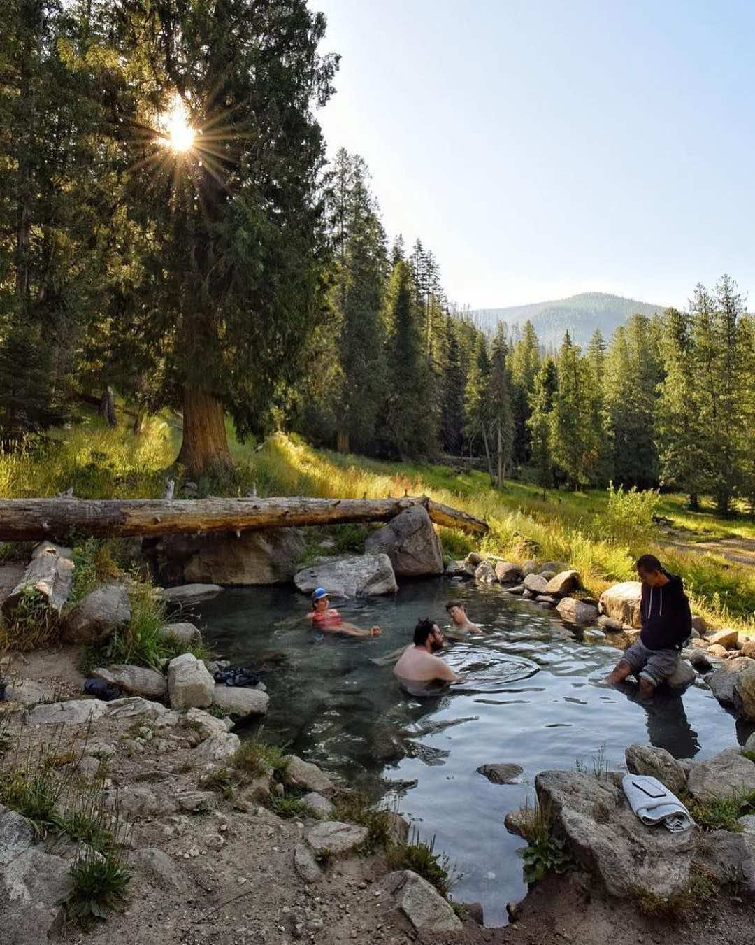 Cruise-America-Hot-Springs-National-Park-RV-Parks-visitidaho.jpg
